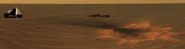 Opportunity, heat shield impact area, color. Image credit NASA/JPL.