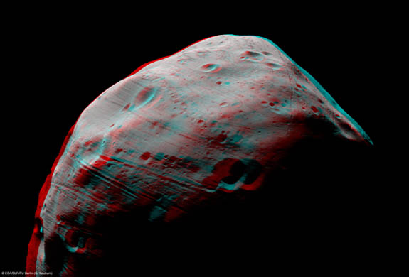 Phobos from Mars Express in 3D