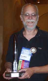 Ron Miller with his Hugo at the 2002 WorldCon - Picture  Copyright © 2002 by Suzanne Gibson.